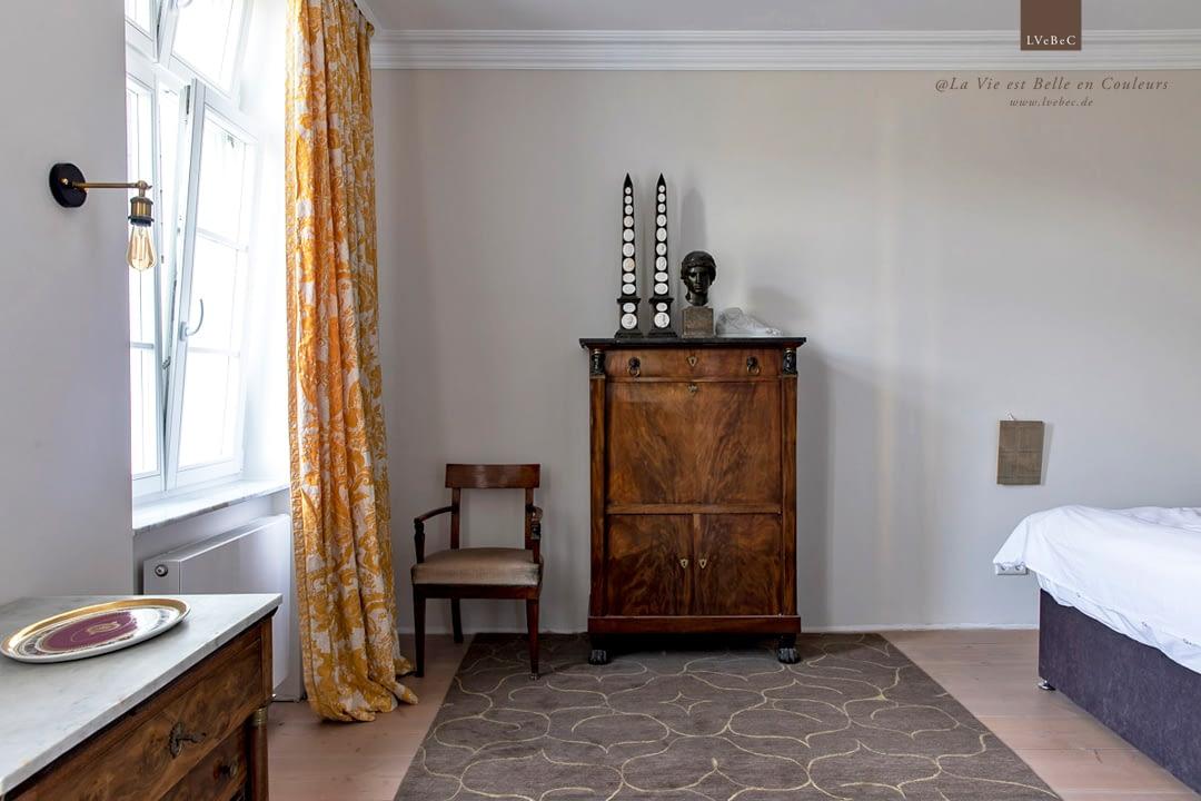 Farbkonzept Schlafzimmer in warmgrey von Ressource Peintures